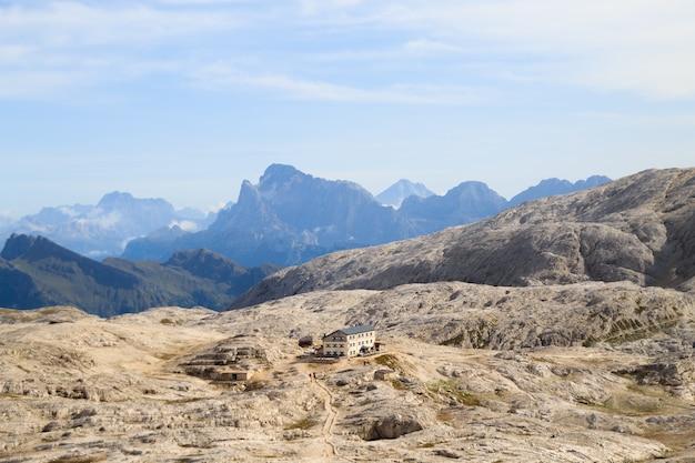 Dolomietenlandschap, rosetta-plateau, san martino di castrozza. italiaanse alpen