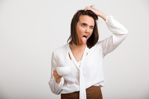 Domme rommelige mode vrouw haat ochtenden