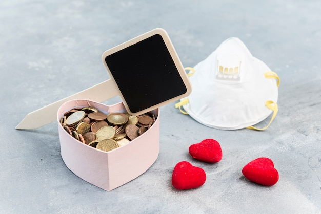 Donatiebox hartvormig voor noodgevallen