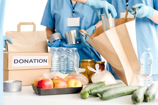 Donaties van voedseldagen worden voorbereid