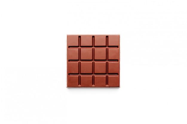 Donkere chocolade vierkante vorm op wit