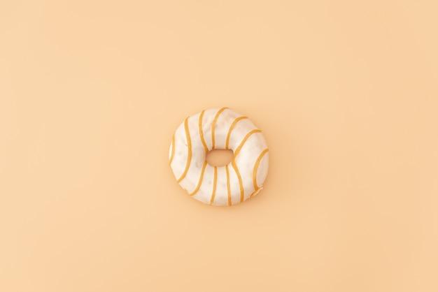 Donuts op gele achtergrond.