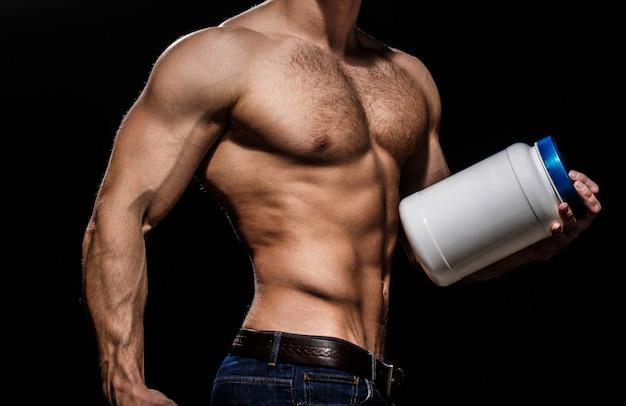 Doping, anabole, proteïne, steroïde, sportvitamine, bodybuilder en bodybuilding.