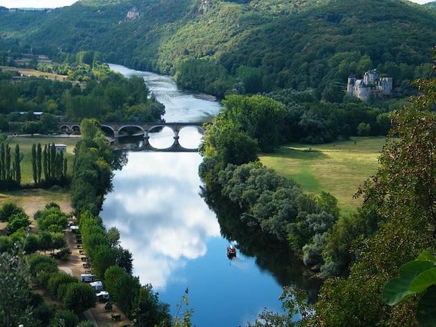 Dordogne boot chateau water brug rivier frankrijk