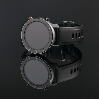 Draadloos smartwatch in een ronde matzwarte kast met risico's op de rand en een siliconen band op een zwart glas met reflectie.