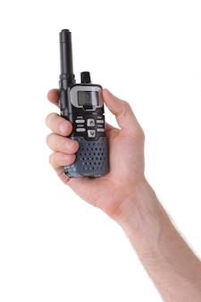 Draagbare uhf-radiozendontvanger die op witte achtergrond wordt geïsoleerd