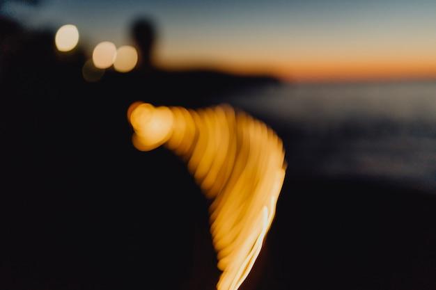 Draaiende lichten in de nacht