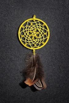 Dreamcatcher gemaakt van veren
