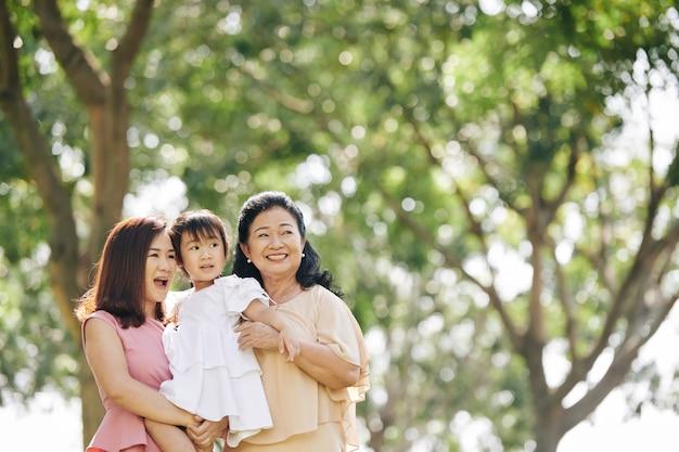 Drie generaties vrouwen