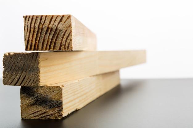 Drie houten planken