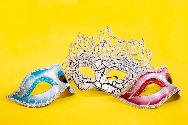 Drie venetiaanse maskers