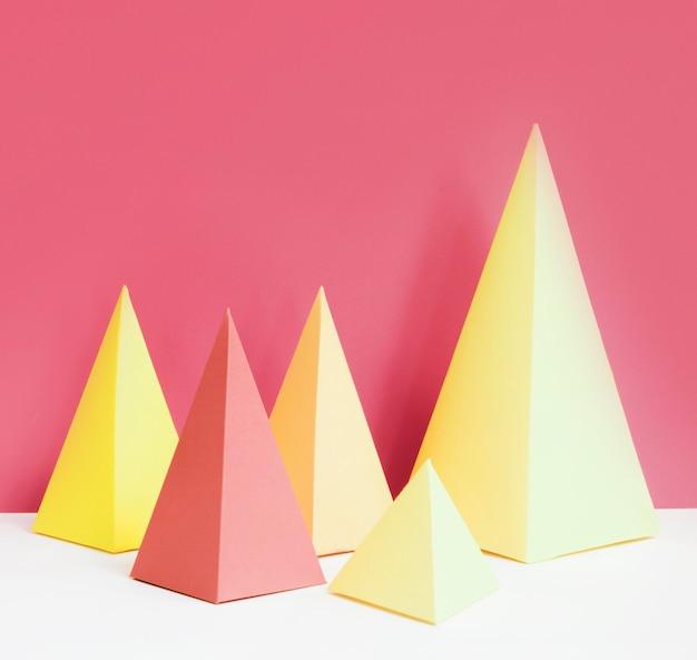 Driehoek geometrisch papieren vormpakket