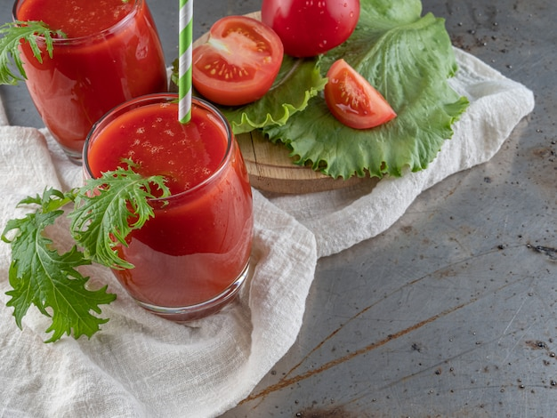 Drink verse tomaat.