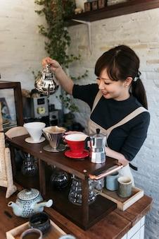 Drinken barista cafe cafeïne drinken ontspanning