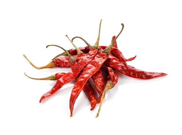 Droge spaanse peper op witte achtergrond