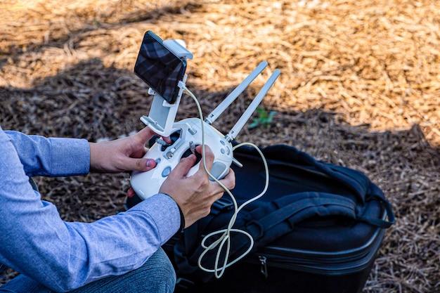 Drone afstandsbediening synchronisatie met mobiele telefoon
