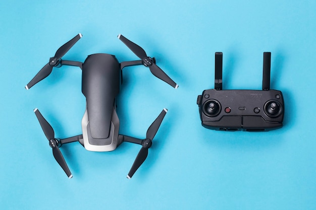 Drone dji mavic air en bedieningspaneel