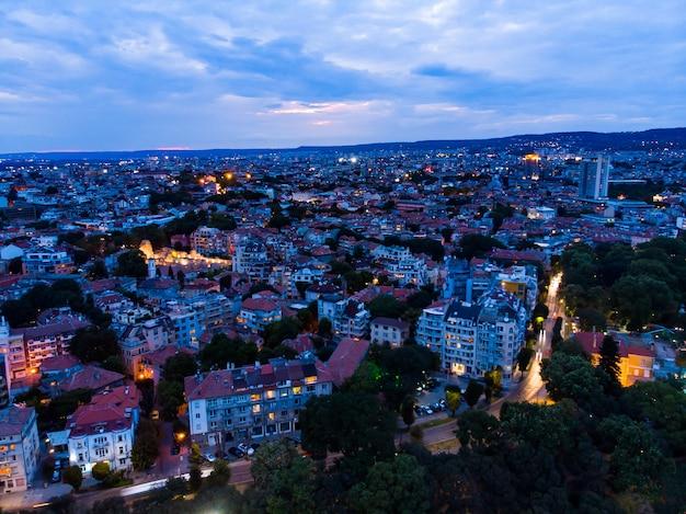 Drone uitzicht op de stad varna in bulgarije