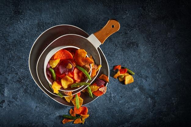 Droog fruit en gezonde groentechips