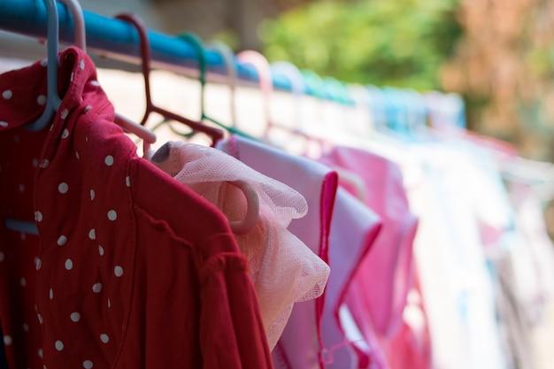 Droog kleren in de zon