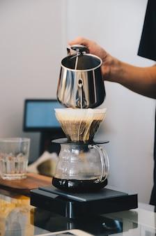 Druipende koffie