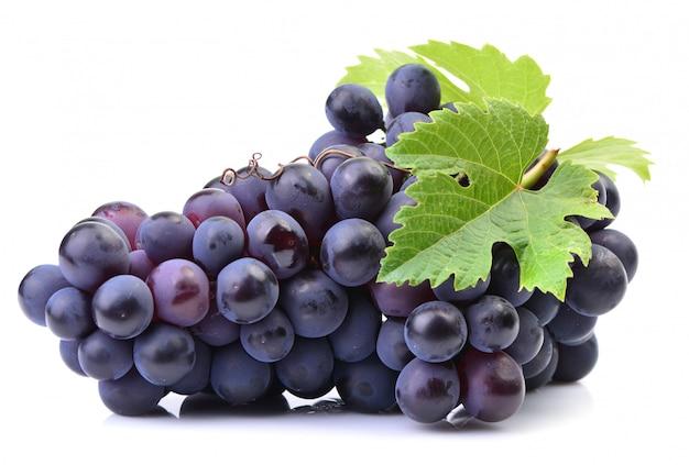 Druiven op een wit