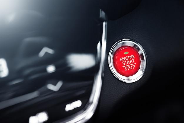 Drukknop om een moderne auto te starten