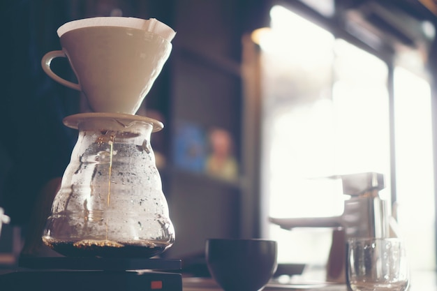 Druppel koffie, filter koffie in café