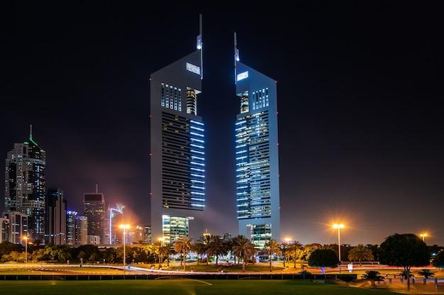 Dubai, verenigde arabische emiraten. jumeirah emirates towers, het beste stadshotel van dubai