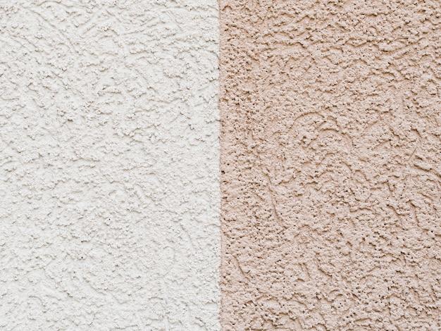 Dubbele betonnen achtergrondwand
