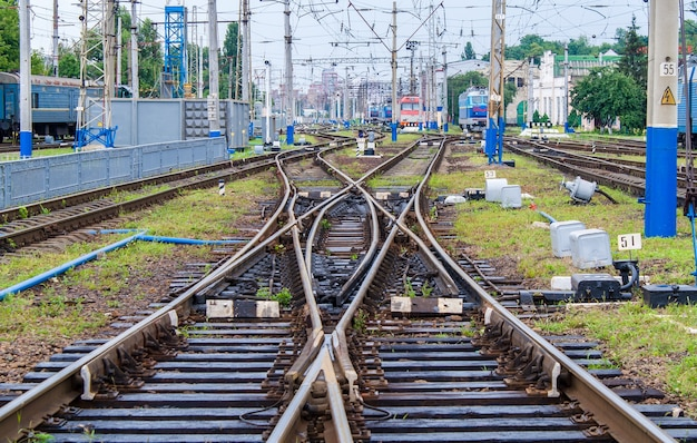 Dubbele slipschakelaar op kiev passenger railway station