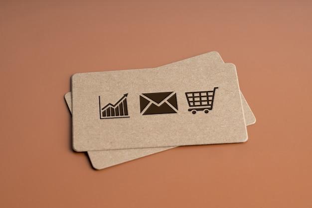 Duidelijke naamkaart voor online winkelen icoon concept