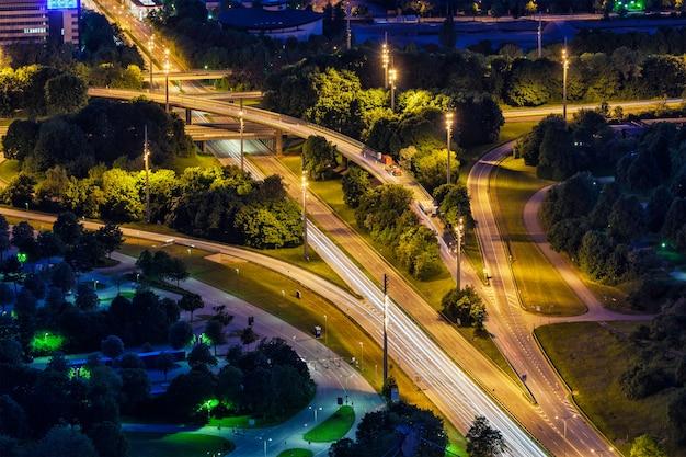 Duitse autosnelweg. münchen, beieren, duitsland