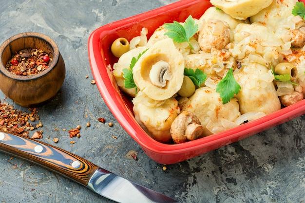 Dumplings gevuld met champignons