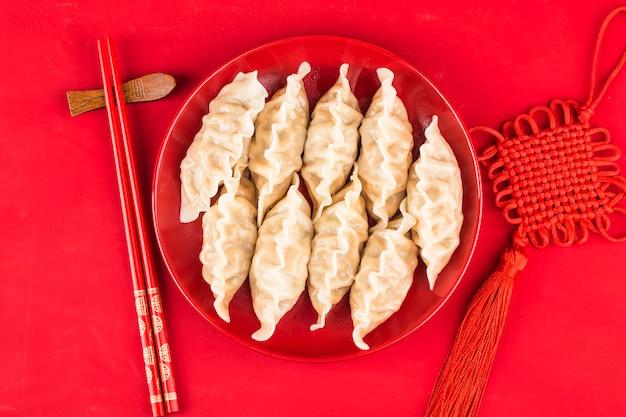 Dumplings voor chinese spring festival chinees veel geluk zegen