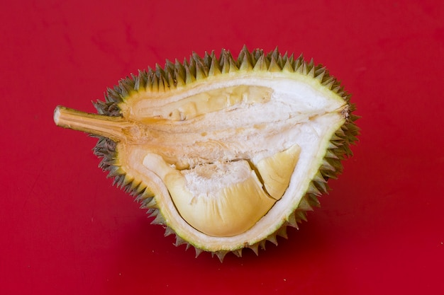 Durian op rood