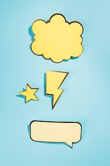 Dynamische cartoon tekstballon op blauwe achtergrond