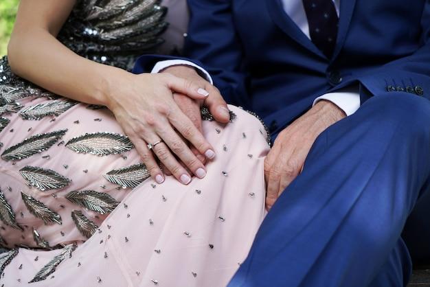 Echtpaar hand in hand