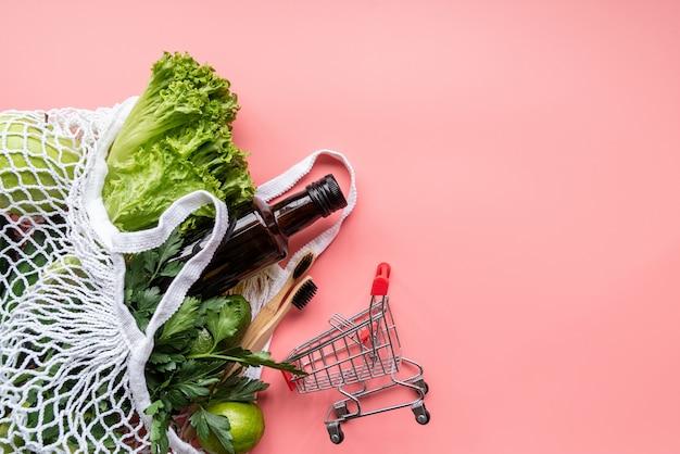 Eco-vriendelijke mesh tas met groene groenten