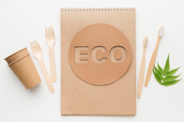 Ecologische notebook en tandenborstel