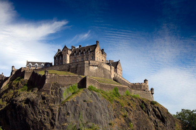Edinburgh castle in zonnige dag