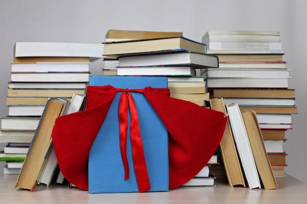 Een boek als een superheld die helpt om een nieuwe wereld te ontdekken