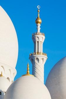 Een deel van de beroemde grote moskee van sheikh zayed, verenigde arabische emiraten.