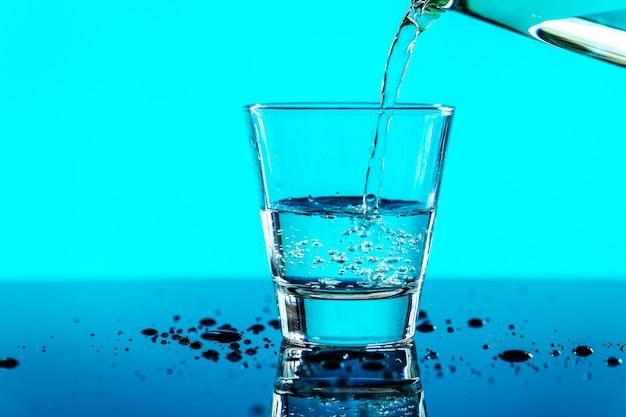 Een glas water macroschot