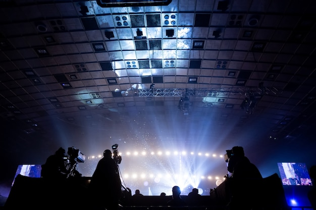 Een groep cameramannen die tijdens het concert aan het werk waren.