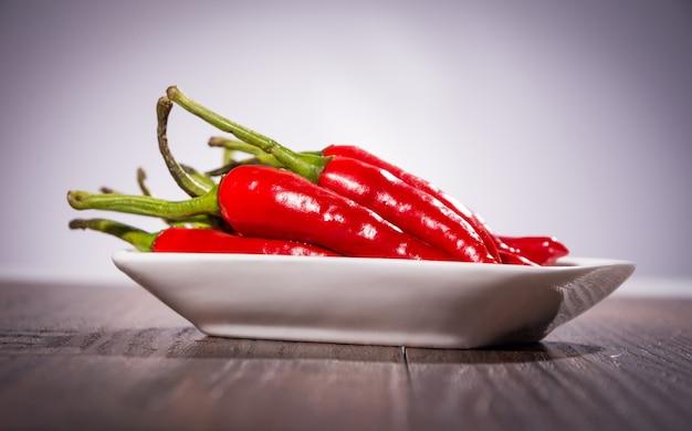 Een hoop van chili pepers