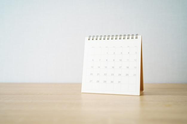 Een kalender van de maand. bedrijfs- en planningsconcept