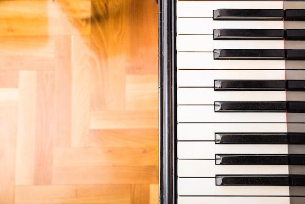Een klassieke pianotoetsen
