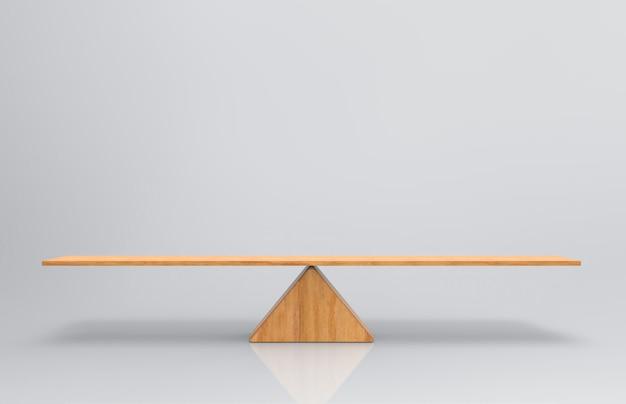 Een lege lege houten weegschaal op een grijze achtergrond.