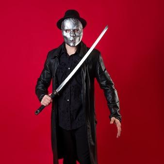 Een mysterieuze ninja-moordenaar in noir-stijl, een man in zwarte kleding